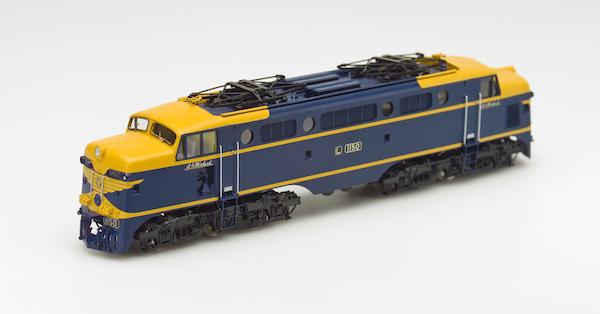 VR L Class 3:4 W